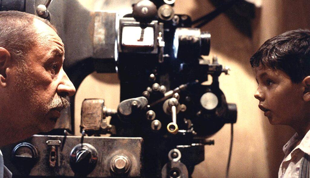 """""""Nuovo Cinema Paradiso"""" di Giuseppe Tornatore"""